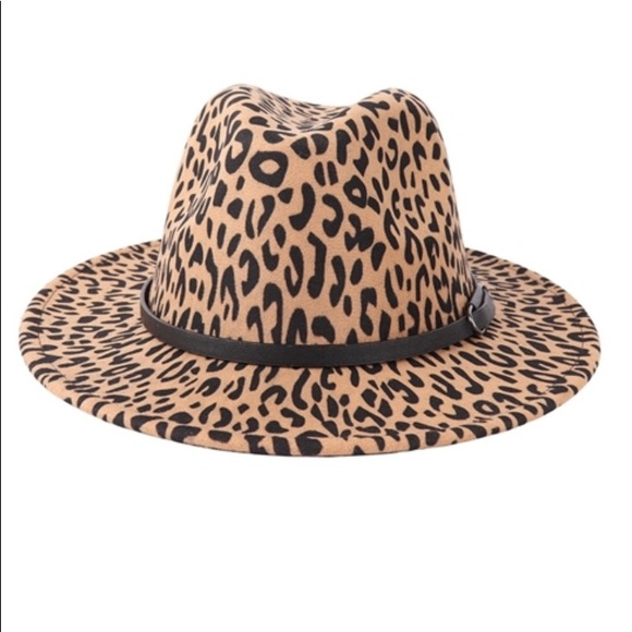 Ladies Leopard Print Brim Hat /Leather Strap